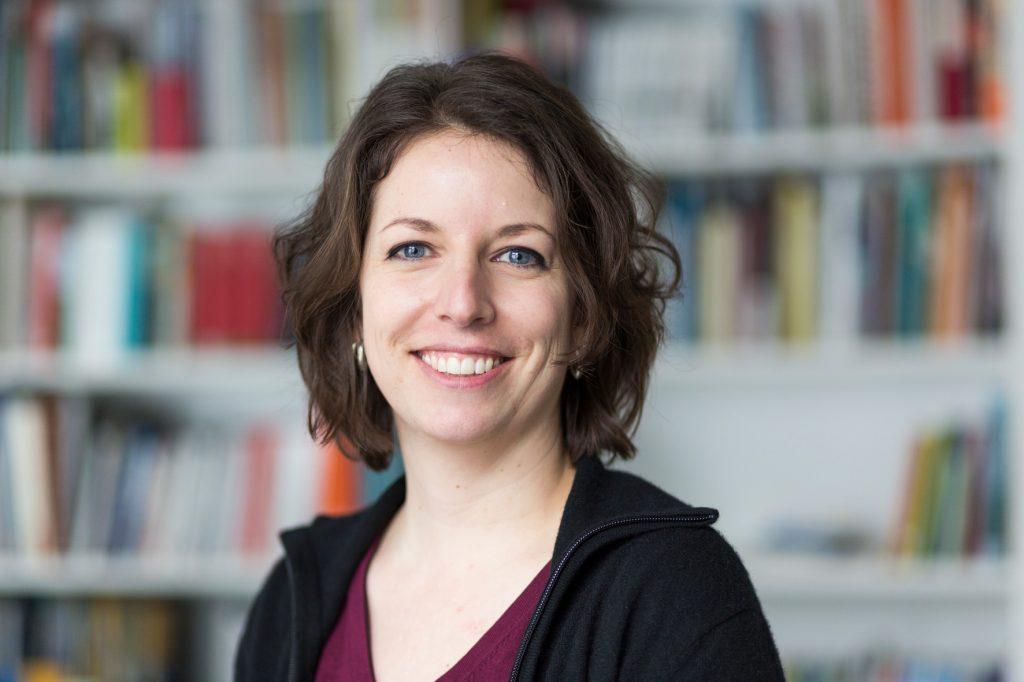 """Ramona Früh, Projektleiterin der Literatur- und Spoken Word-Reihe """"lauschig"""""""